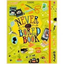 Детская книга Usborne Never Get Bored Book